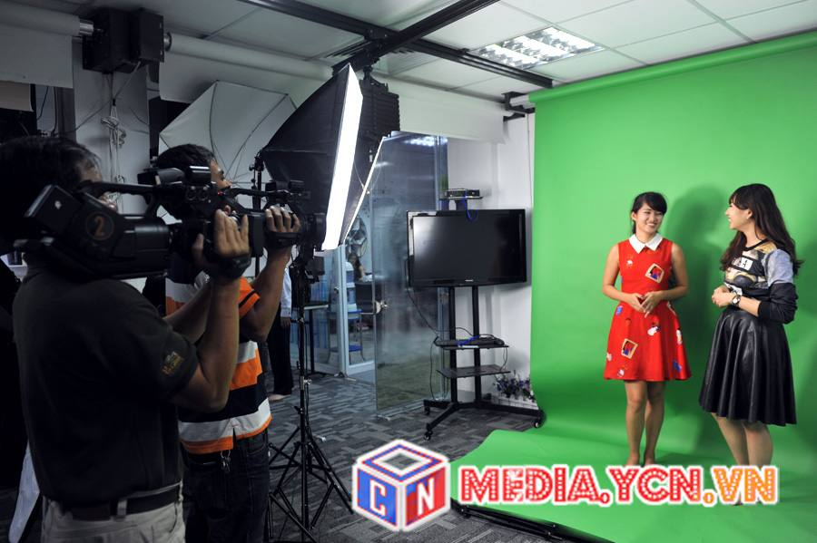mot_buoi_chup_hinh_tai_ycn_media_studio.jpg