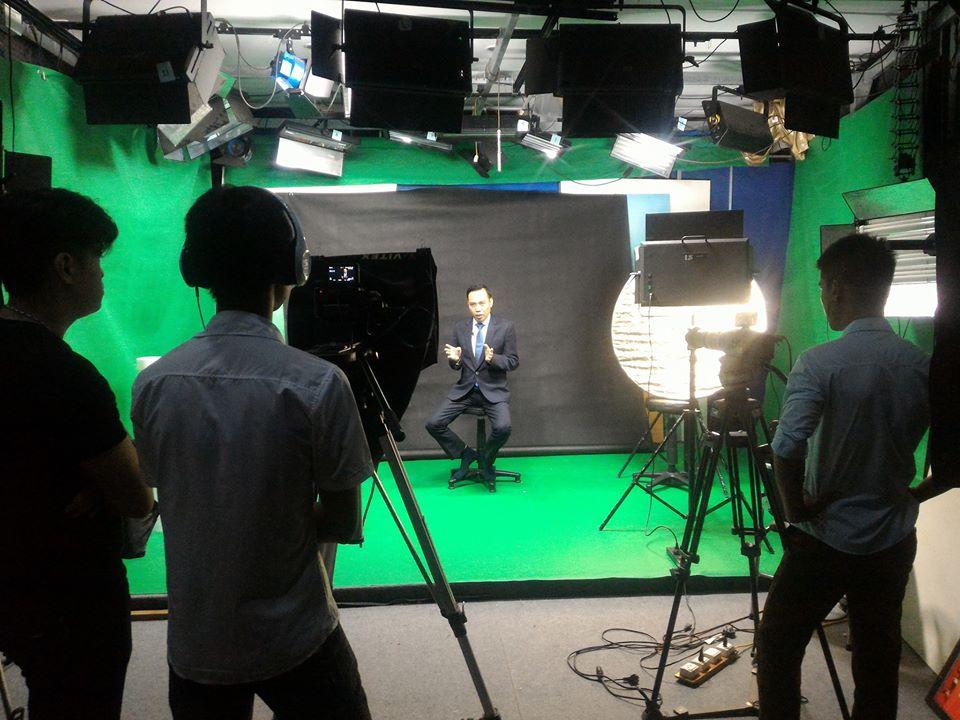 studio quay phim chụp ảnh.jpg